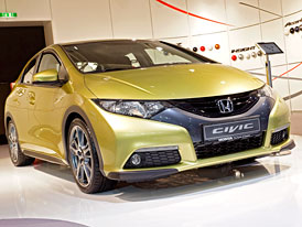 Honda ve Frankfurtu: Nový Civic a modernizovaný Insight