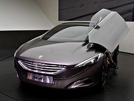 Peugeot ve Frankfurtu: Kombi nejen do ter�nu a ultra-luxusn� MPV