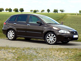 Moje.auto.cz: Fiat Croma (druhá generace) – Chromá Croma?