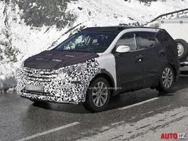 Spy Photos: Hyundai ix45 � n�stupce Santa Fe u� na ja�e