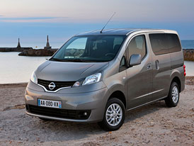 Nissan Evalia: Sedmimístné MPV s plnou výbavou za 445 tisíc Kč