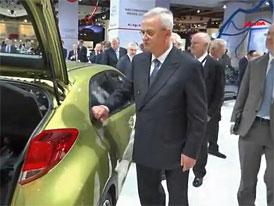 Video z IAA 2011: ��f VW na n�v�t�v� i u Hondy
