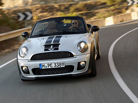Video: Mini Roadster � Mal� sportovec v akci