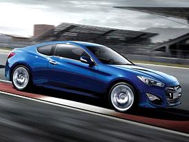 Hyundai Genesis Coupé (2012): 2,0 TCI (202 kW) a 3,8 V6 (258 kW) oficiálně