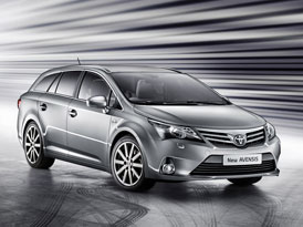 Toyota zahájila v Británii výrobu modernizovaného Avensisu