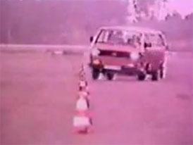 Historie crash-testů: Volkswagen T3 (video)