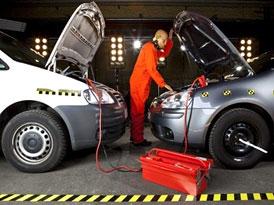 Auto a zima: Startovací kabely. Jak na to?