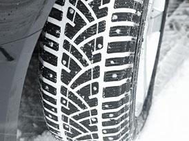 Auto a zima: Zimní pneumatiky - dříve luxus, nyní povinnost