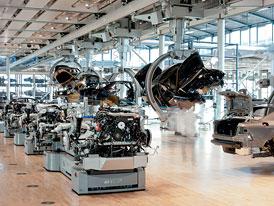 Skleněná továrna VW v Drážďanech oslaví rekord