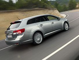 Toyota Avensis 2012: Prvn� j�zdn� dojmy