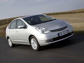 Auto Bild TÜV Report 2012 (vozy stáří 2-3 roky): Toyota Prius opět první