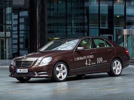 Mercedes-Benz E 300 BlueTec Hybrid a E 400 Hybrid: Dva hybridy pro Detroit