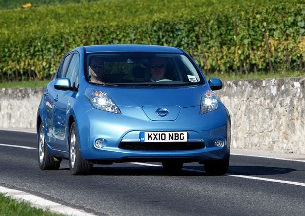 Nissan doplňuje záruku na akumulátory Leafu