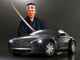 Tomio Okamura naboural na D1 svůj Aston Martin