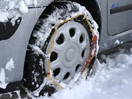 ČT: Zimní pneumatiky neobuli nejčastěji řidiči v Plzeňském kraji