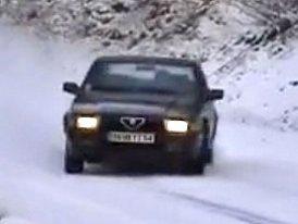 Alfa Romeo 75 2,0i Twin Spark: Ide�ln� italsk� sedan do ka�d�ho po�as� (video)