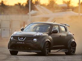 Video: Nissan Juke-R proti supersportům nyní oficiálně