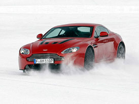 Aston Martin On Ice: Astony na ledu (fotogalerie, video)