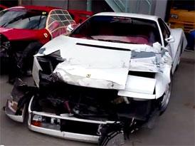 Japonsko: Vrakoviště Ferrari (video)