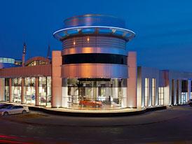 BMW Abú Dhabí: Největší showroom na světě