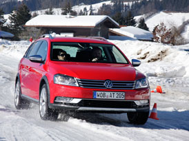 Volkswagen Passat Alltrack: První jízdní dojmy