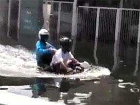 Brodící videoseriál (14. díl) – Motorkáře voda nezastaví