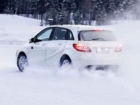 Zimním autem roku se stal Mercedes třídy B