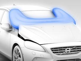 Volvo předvádí airbag pro chodce (video)