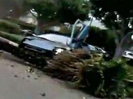 Lamborghini Murciélago jako dřevorubecké náčiní (video)