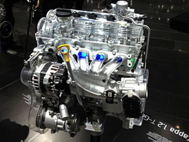 Motor 1,2 T-GDi je nov� zbra� Hyundai proti koncernov�mu 1,2 TSI