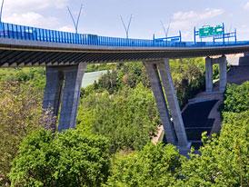 ŘSD důrazně odmítá, že by Lochkovskému mostu hrozilo uzavření