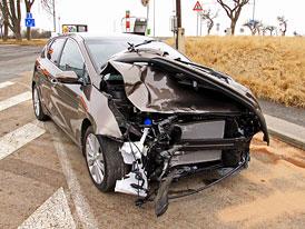 Kauza Cee�d: Pro� p�i na�� nehod� nevyst�elil airbag?