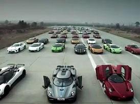 Pagani Cinque, Ferrari Enzo, Koenigsegg... I takov� auta potk�te v ��n�