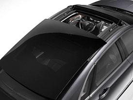 Lincoln MKZ představuje svou otevíratelnou panoramatickou střechu