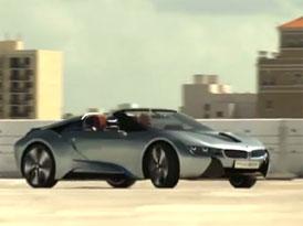 BMW i8 Spyder třikrát na videu