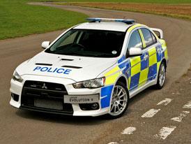 Passat 3,6 FSI? Policie ve světě používá i daleko zajímavější auta