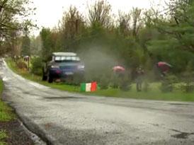 Subaru Impreza STI jako přeborník ve skoku dalekém (video)
