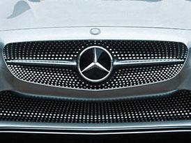 Mercedes se do tří let dostane zpátky před Audi, tvrdí nezávislá studie