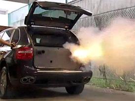 Revoluční systém aktivní bezpečnosti pro Porsche Cayenne (video)