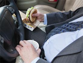 Obézní řidiči umírají při nehodách častěji