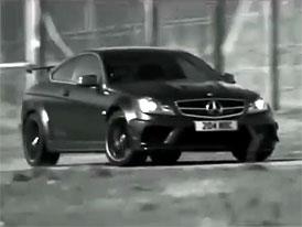 Mercedes-Benz C 63 AMG Black Series na novém videu: drifty a brutální zvuk osmiválce