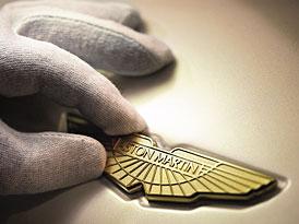 Aston Martin uk�e novou generaci DBS u� tento t�den