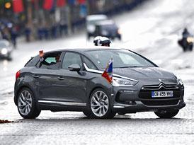 Francouzský prezident Hollande přijel na inauguraci Citroënem DS5