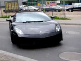 Video: Když Polák driftuje s Lamborghini
