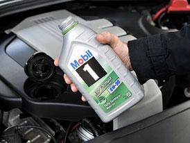 75 % řidičů nikdy nekontroluje v autě olej. A co vy?