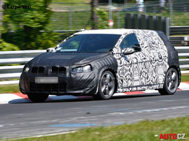 Spy Photos: VW Golf GTI sedmé generace