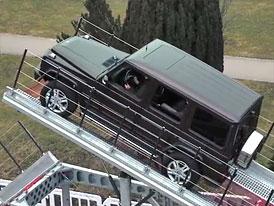 Video: Mercedes-Benz G exceluje na terénní rampě