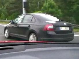 Video: Na D1 byla natočena Škoda Rapid s pravostranným řízením!