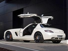 Mercedes-Benz SLS AMG GT na nových fotografiích