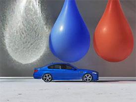 Video: BMW M5 jede jako když střelí